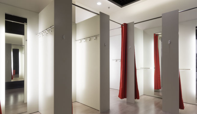 Pleasantly illuminated fitting rooms play big role in purchasing decision making process