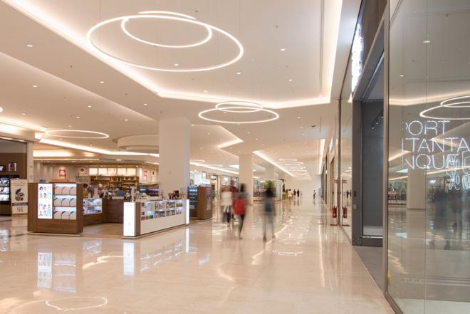LEDiL LENA reflectors used in retail lighting