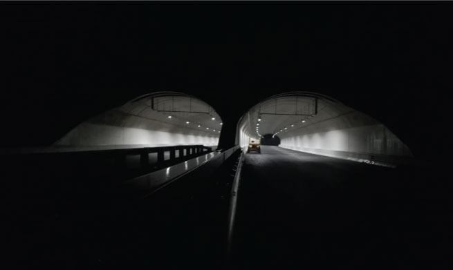 Tunnel and street lighting luminaires using LEDiL STRADA-2X2 optics