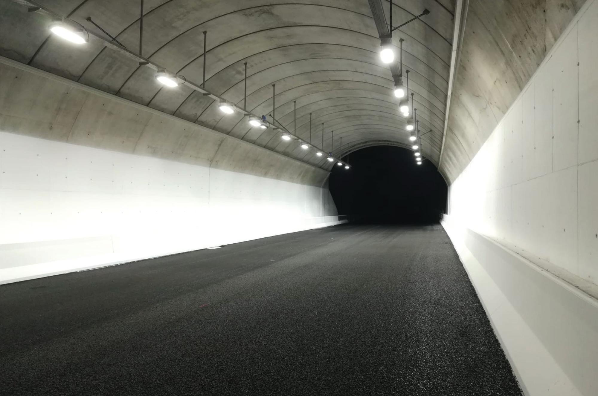 LEDiL STRADA-2X2 optics used in tunnel and street lighting