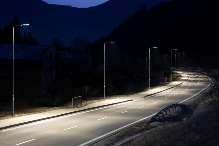 Good_quality_LED_street_lighting